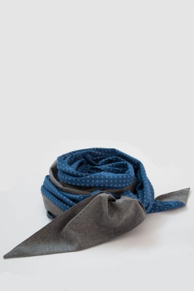 Mondschein Dreieckstuch aus Loden grau/blau